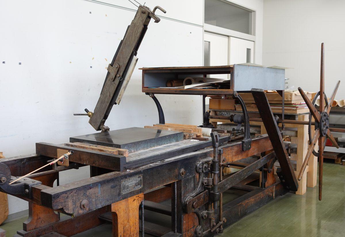 [メディア掲載情報] 木製リトプレス機が石川テレビで紹介されました